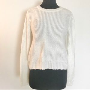 Forever 21 Cream Cropped Sweater Size Small